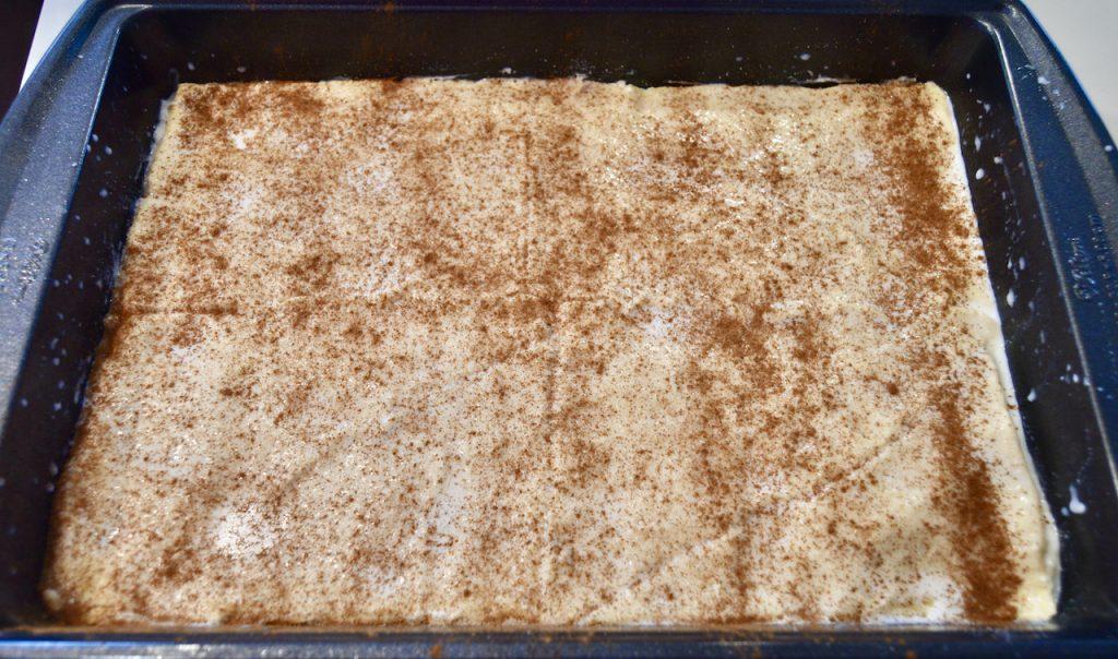 Sprinkle of cinnamon and sugar